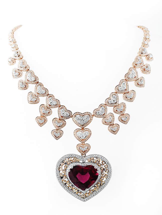 Karun Mücevher, 14 Şubat Sevgililer Günü için özel tasarım ürünleriyle öne çıkıyor