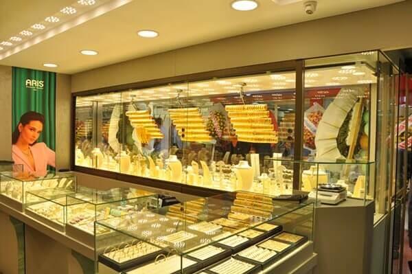 Mücevherin öncü markası Ariş Pırlanta